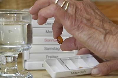 zu-viele-medikamente-aerzte