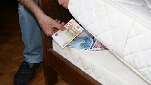 bargeld-eu-zuhause-staatenlos