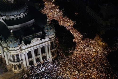 protest-brasilien-rio-de-janeiro