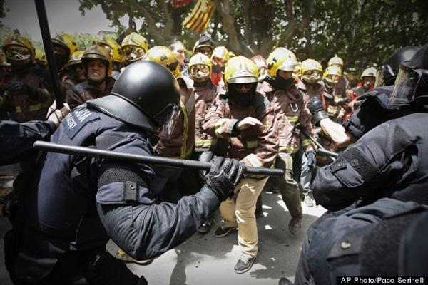 spanien-protest-polizei-feuerwehr