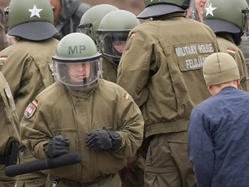 bundeswehr-volksaufstand1