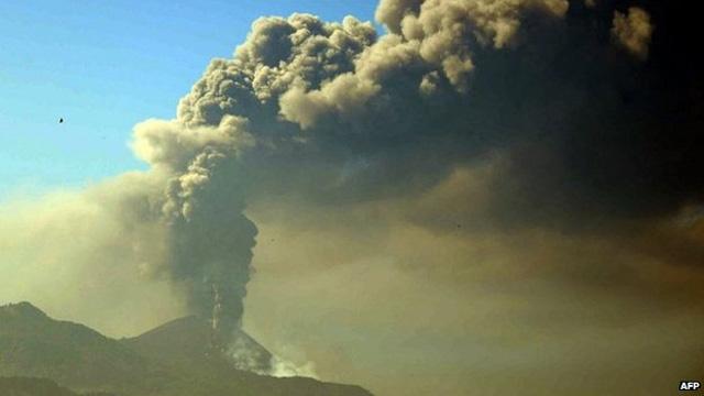 Guatemala: Gefährlicher Ausbruch – Vulkan Pacaya spuckt wieder  Guatemala-pacaya-eruption